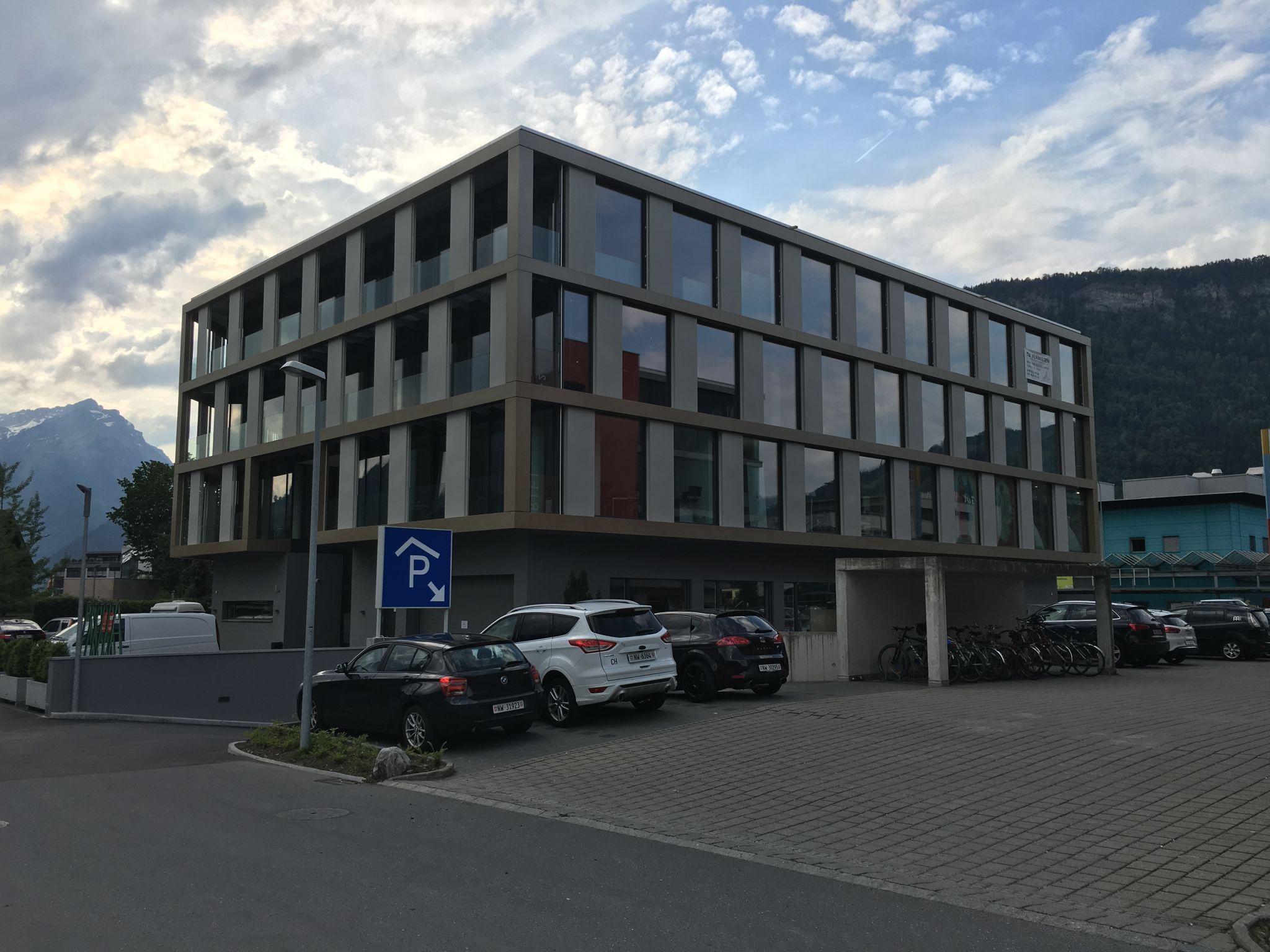 Ausstellungsgebäude Schnyderpark