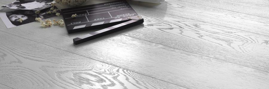 Parkett, Landhausdiele, Holzboden, Parkettboden, Langdielen, Parkett Badezimmer, Parkett Küche, Parkett Badezimmer, Parkett WC, Massivparkett, Fischgrat,Tafelboden, Wandfriesen, Treppe mit Parkett